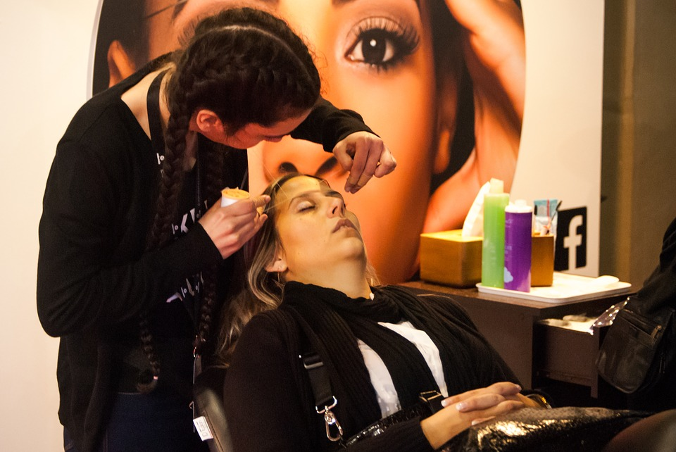 5 Reasons Why It is A Pleasant Thing for a Hairdresser to Be Friendly