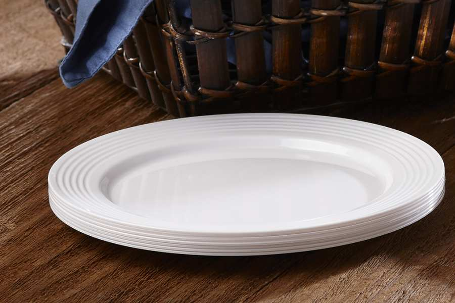 Strong Plastic Plates