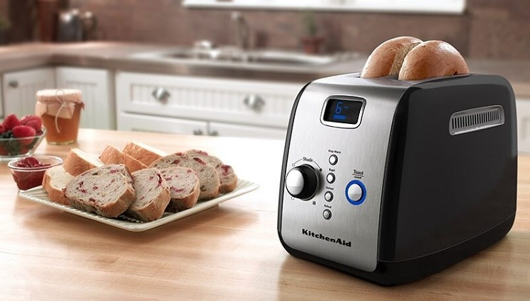Tips to Choose and Use the Best Bread Toaster