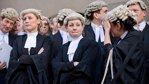 Find Solicitors in UK