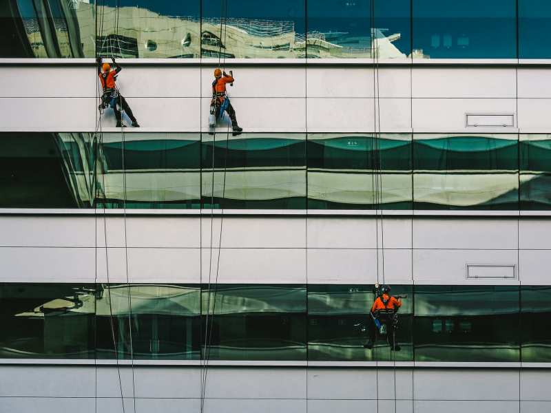 How Advanced Technology Are Changing the Game of Window Cleaning Services?