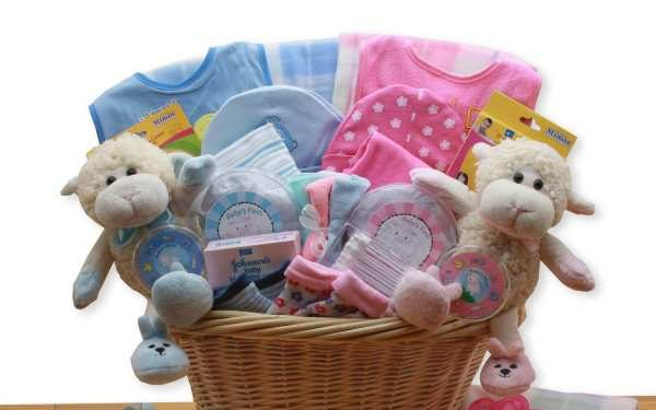 Choose a Rich Hamper for a Baby as a Gift