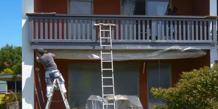 Different Types of Paint House Painters Use (and Their Uses)