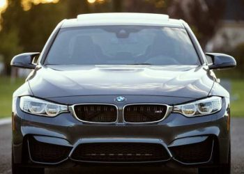 4 BMW Engine Trouble Signs
