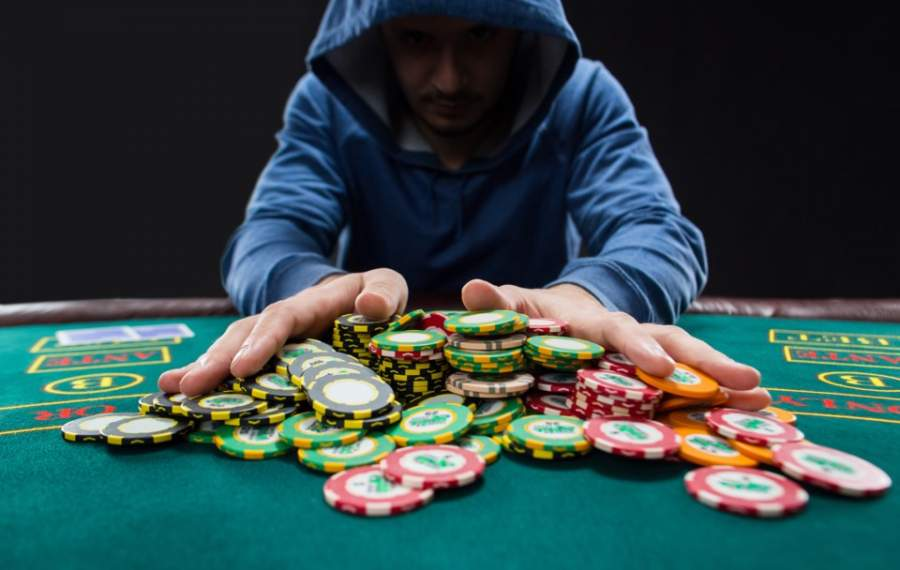 Texas Hold'em Poker: Tips for Beginners to Win More