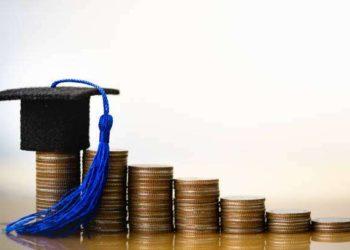 college for MA in economics in India
